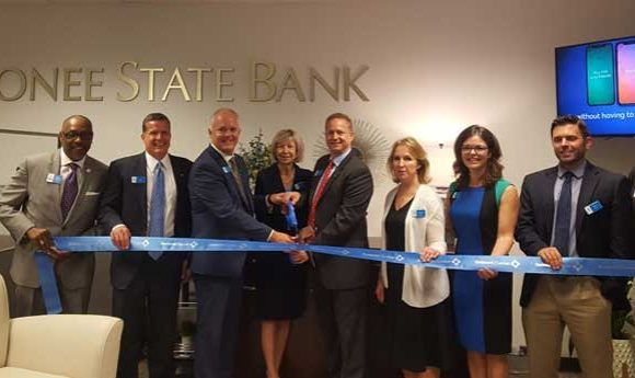 Oconee State Bank celebrates grand opening of financial center